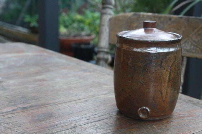 'Shino' tall lidded jar